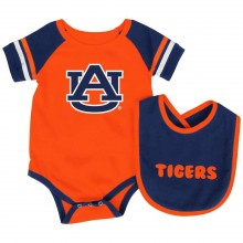 Auburn Tigers  Colosseum Infant  Bib and Bodysuit Set (3-6 Months)