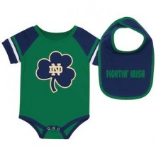 Notre Dame Fighting Irish Colosseum Infant   Bib and Bodysuit Set