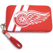 "Detroit Red Wings Distressed Wallet Wristlet Case (3.5"" X .5"" X 6"")"