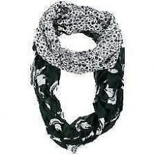 NCAA Michigan State Spartans Floral Infinity Scarf