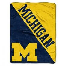 Michigan Wolverines Super Plush Fleece Throw
