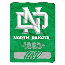 North Dakota Varsity Super Plush Fleece Throw