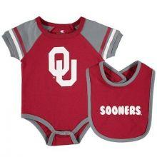 Oklahoma Sooners Colosseum Infant   Bib and Bodysuit Set
