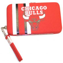 "Chicago Bulls Distressed Wallet Wristlet Case (3.5"" X .5"" X 6"")"